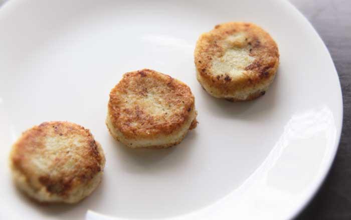 chiftele de cartofi umplute cu marmelada reteta