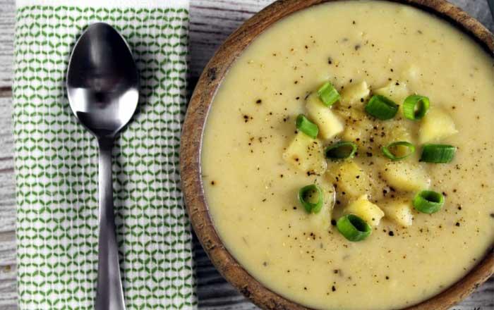 supa crema de cartofi cu praz reteta