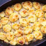 Cartofi brutaresti cu ceapa (reteta la cuptor)