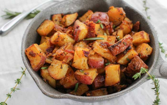 cartofi la cuptor cu bacon