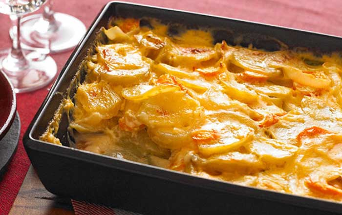 cartofi prajiti la cuptor cu cascaval sau mozzarella