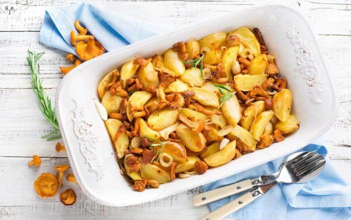 cartofi la cuptor cu ciuperci